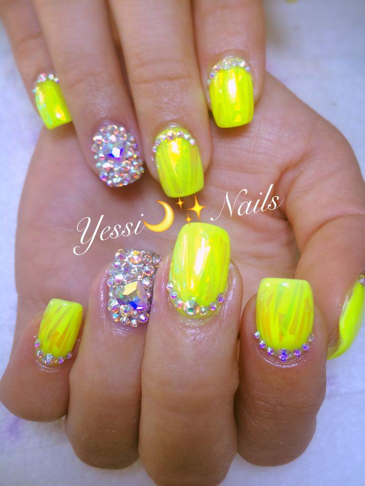 Nails Fluorescente 💅🏻