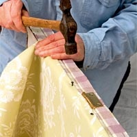 Upholstering a two-sided folding screen