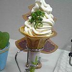 しょうゆ豆本舗×浪花堂餅店 - 料理写真:かまたまソフト(350円)