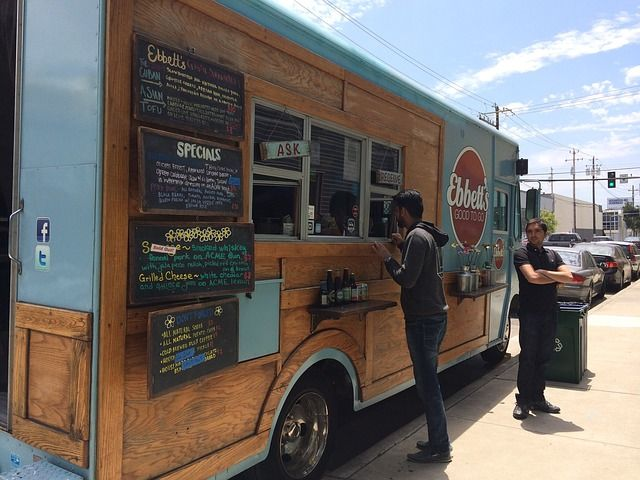 On the Right Truck: 3 Ways to Get Your Food Truck To Stand Out - http://www.tsfp6.org/digi-serve/right-truck-3-ways-get-food-truck-stand