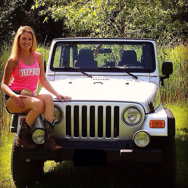 nude babes in jeeps