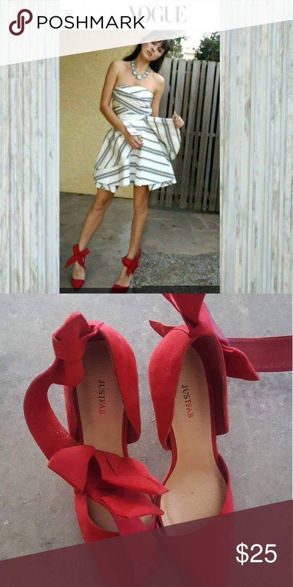 Just fab vogue big ribbon red couture heel 9 My photo in this shoes was featured in Vogue..They looks so much more money than justfab. Small signs of wear but just worn for pics. Size 9. Sold out JustFab Shoes Heels
