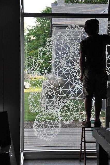 Leuk idee voor mijn ramen in de woonkamer. Wat voor pen zou je hier voor nodig hebben?  COREY DANIELS GALLERY: /// 2012 Events