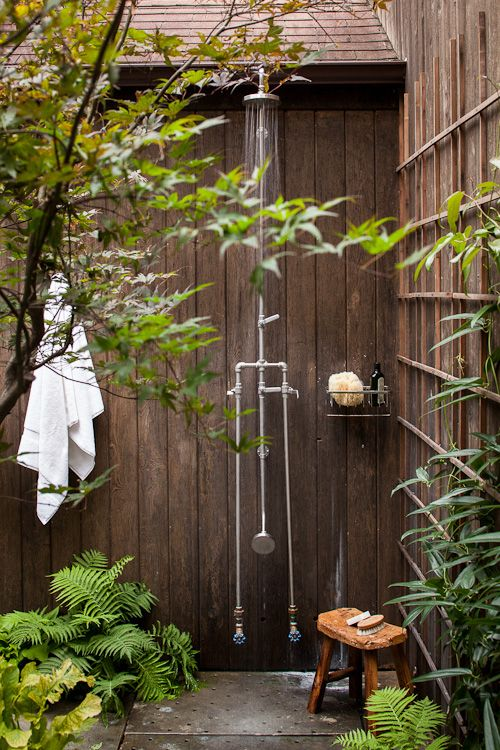 Secret garden + outdoor shower: Outside Shower, Secret Gardens, Shower Head, Style, Rain Barrels, Outdoor Showers, Master Bedrooms, House, Lauren Liess