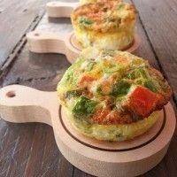 Lekkere als bijgerecht of als hapjes bij de borrel. Je kan met zo een gevulde mini omeletten echt alle kanten op. je kan ze met andere groenten vullen, met ka
