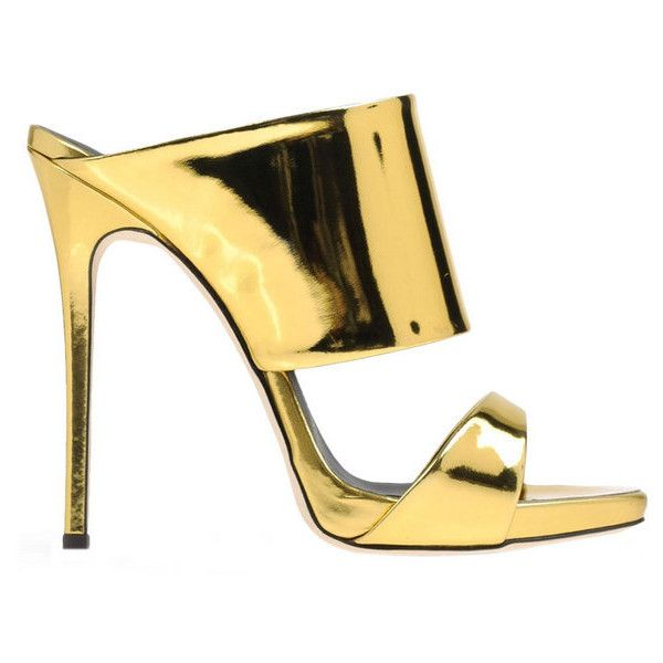 Giuseppe Zanotti Design Gold Metallic Leather Mule ($675) ❤ liked on Polyvore featuring shoes, heels, sandals, gold, heeled mules shoes, giuseppe zanotti shoes, cushioned shoes, leather footwear and genuine leather shoes