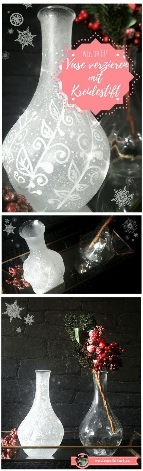 In diesem Weihnachtsdeko DIY zeige ich euch, wie ihr mit Kreidestiften und Eisspray eine Vase verzieren könnt. Diese schöne Bastelidee eignet sich sowohl für Weihnachten, aber auch einfach für den Winter oder als kleine Geschenkidee. So dekoriert man seine Fensterbank stilvoll. Kreidestifte eignen sich eben nicht nur fürs Fenster. #kreidestift #weihnachten #weihnachtsdeko #basteln #diy