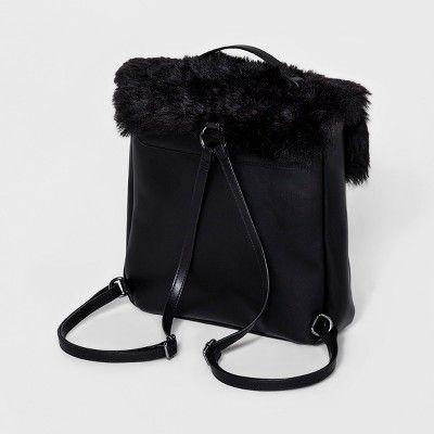 T-Shirt & Jeans Women's Fur Square Backpack - Black