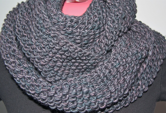 GAP-tastic cowl from pattern by Jen Geigley.   Ravelry: scotiagal's Infinite Winter nights cowl