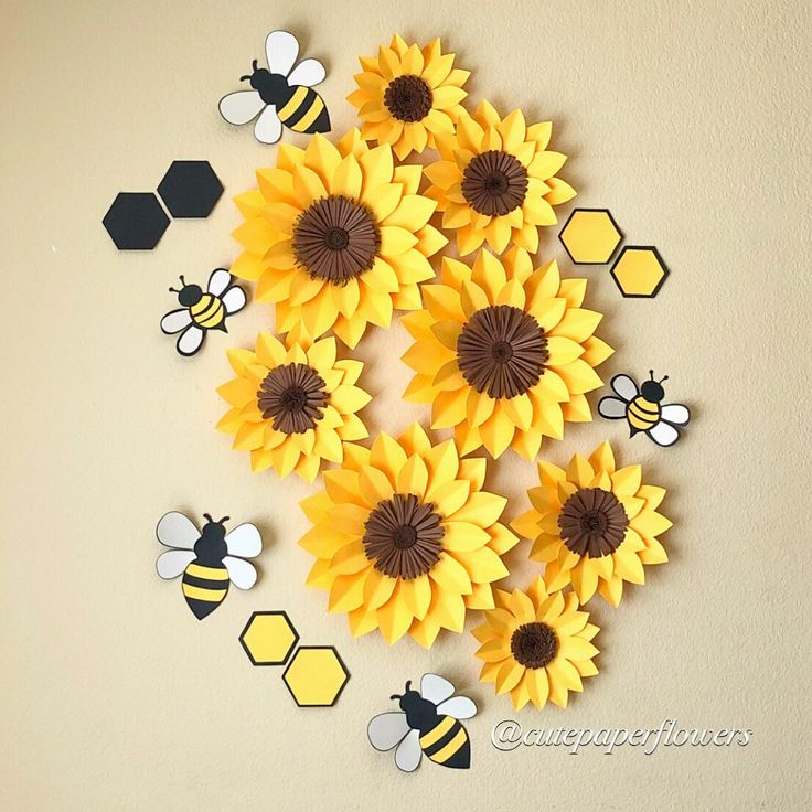 8 sunflower wall decor, what will be bee, baby girl decoration, bee paper flowers, bee party theme, girls room decor, baby shower gift