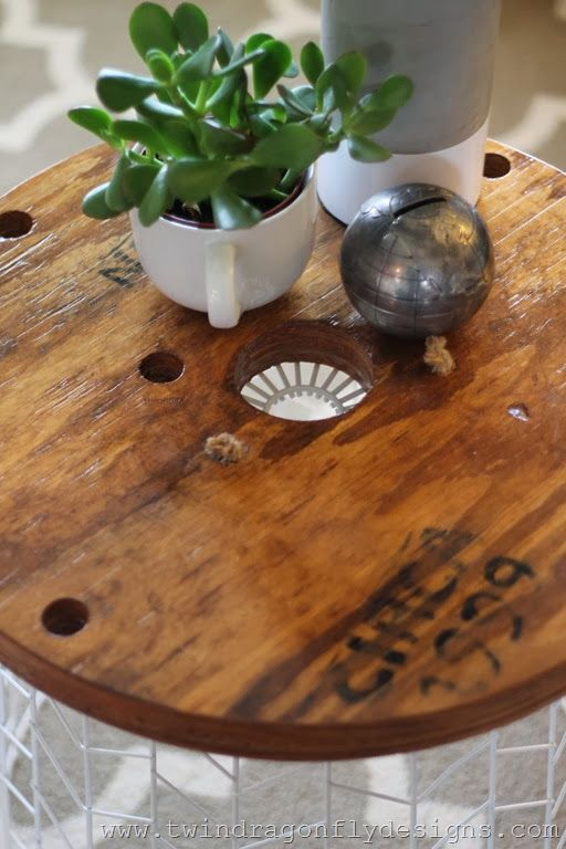 Easy DIY Accent Table Tutorial for your living room decor ...