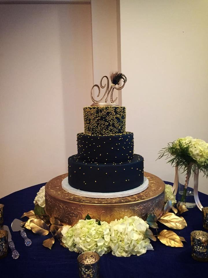 Black And Gold Glitter Cake