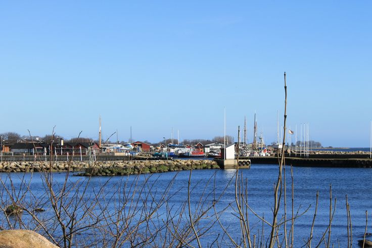 The harbour of Skillinge.