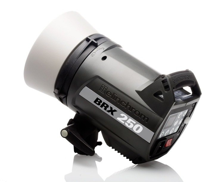 Elinchrom BRX 250 The BRX compact flash units are a further evolution of the features and quality that are Elinchrom.