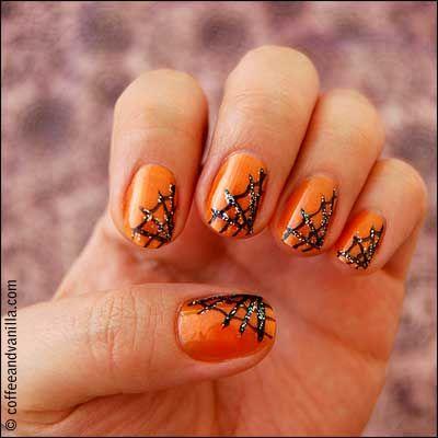 Halloween nails spider webs