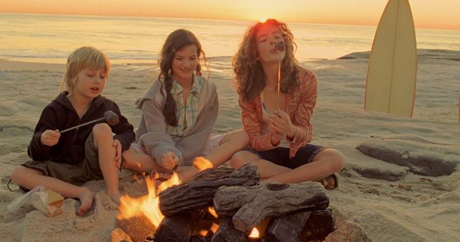 25 free things to do in San Diego: Roasting Marshmallows at Mission Beach