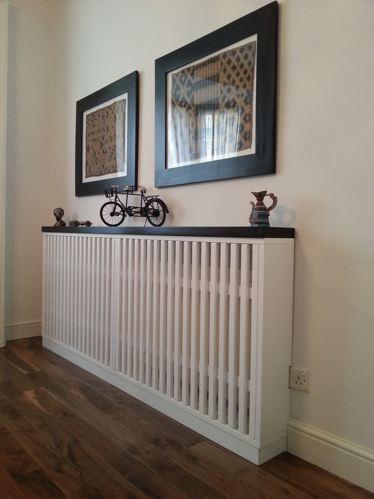 Radiator cover in mdf white matt lacquered and top in solid oak. designed by www.fidenzi.com