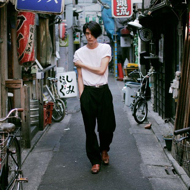 T-shirt: ¥ 2,000 (CHEAP MONDAY) / other personal belongings