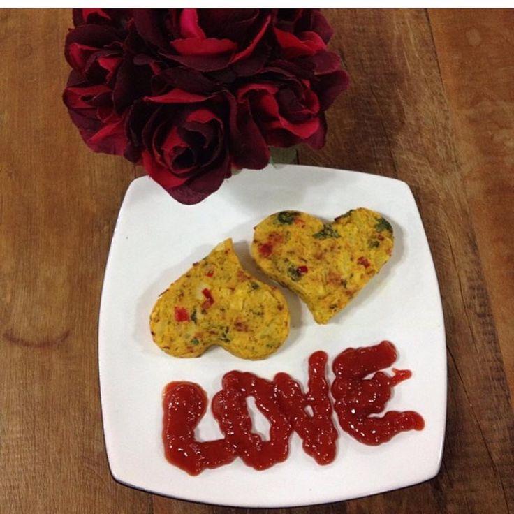 Amor e sabor andam juntos.Veggie burger de palmito #diadosnamorados #saboreconsciencia #dantasnacozinha #dantasdemedeiros