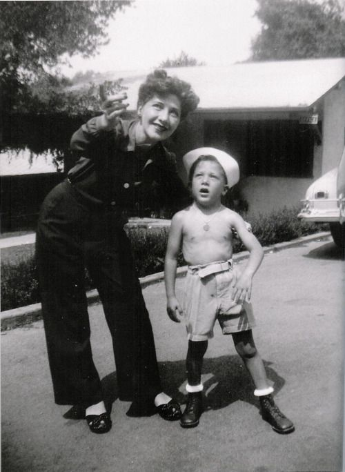 A young Dustin Hoffman and his mother.