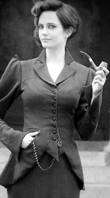 Eva Green | 'Miss Peregrine's Home for Peculiar Children' | Source: vk.com Women's Books, Diet, Fitness, Fashion, Makeup, Relationships - http://amzn.to/2hmeH1Y