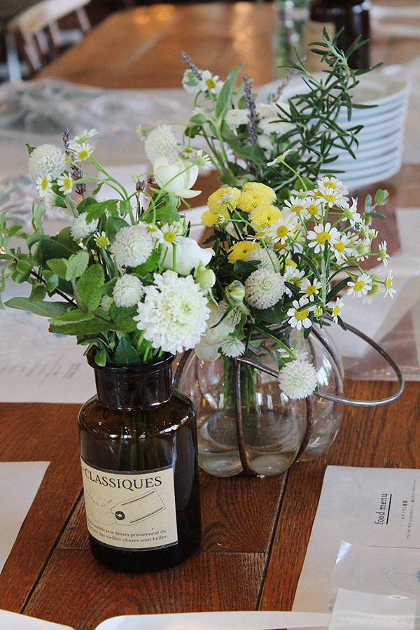ゲストテーブル,アレンジ,メディスンボトル,野の花