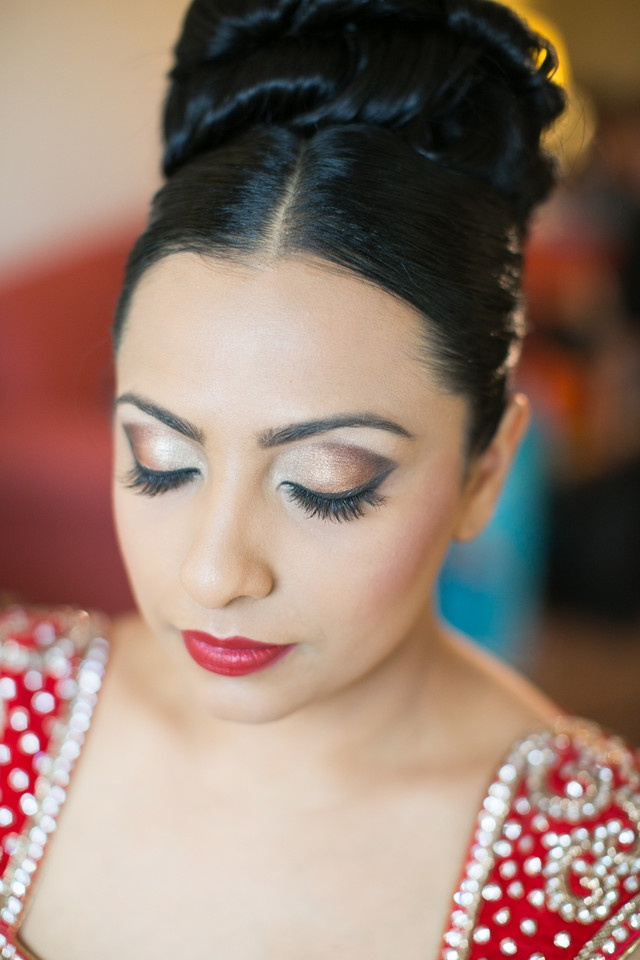 indian wedding hairstyle gallery%0A Bollywood Bridal Makeup   Bronze Brown Smokey Eyes