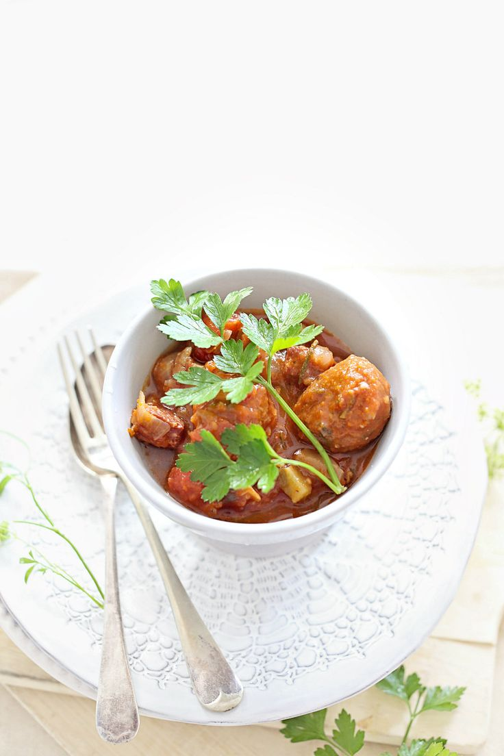 Easy Slow Cooker Crock Pot Meatballs Recipe - Beach Decor Blog ...