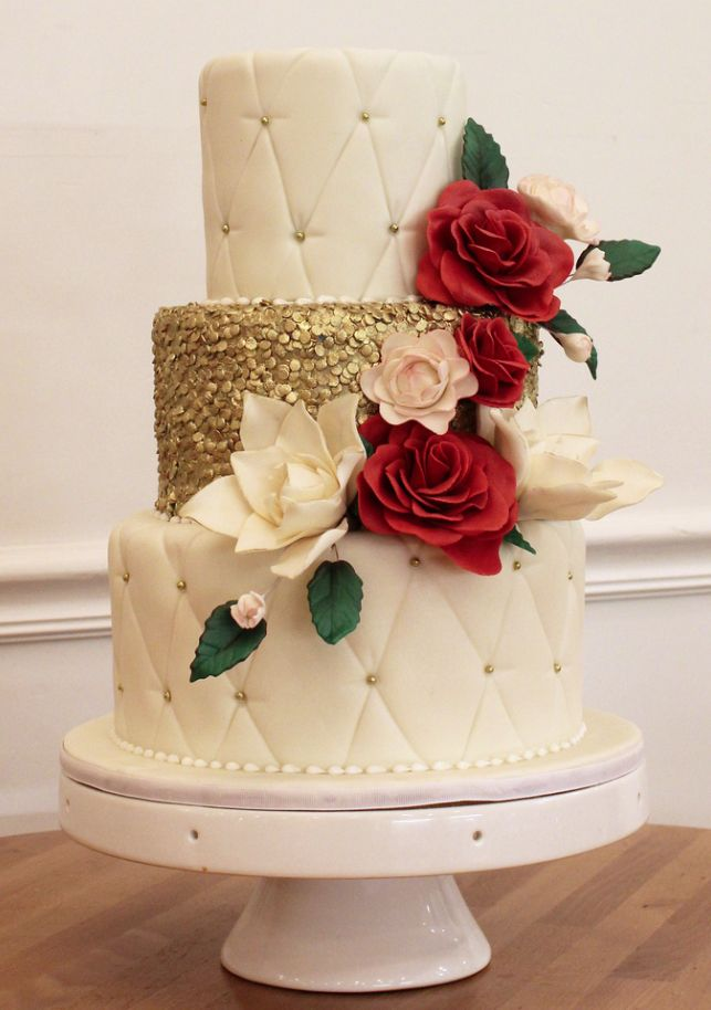 shabby chic bridal shower cakes%0A Divine Wedding Cakes For Your Big Day  Oakleaf Cakes