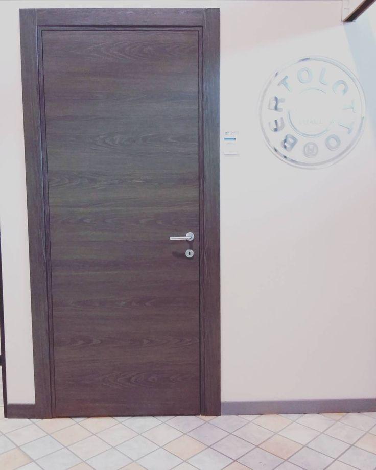 """""""#showroom #ildiscountdellapiastrella #milano #pantigliate #bertolotto #porte #bertolottoporte #materik #sydney"""""""