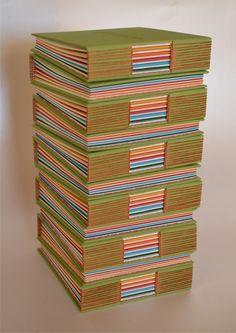 sueños a pedido de Gladys 12 cuadernos tapas duras - encuadernacióncon costura puntada de ojal (expuesta) - cubierta de tela - bajo relieve en tapa - 100 hojas de 80/115grs (60 ahuesadas - 40 de ...