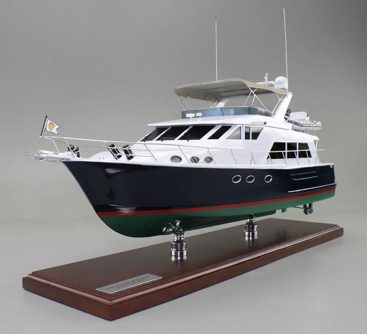 Custom Power Boat Models, Museum Quality Model Maker, Yacht Models