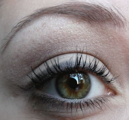 Vote for My make up for School :):) http://www.makeupbee.com/look.php?look_id=59683