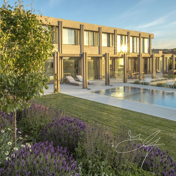 Coastal garden by Eugene Gilligan Garden Design
