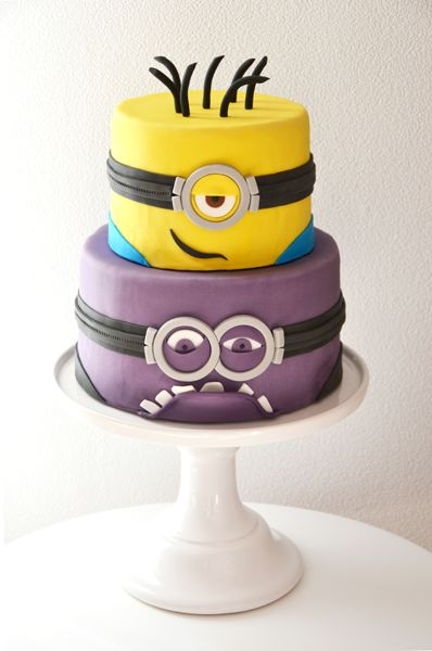 Minioncake / Dispicable me cake with different faces by mysweetdear.com