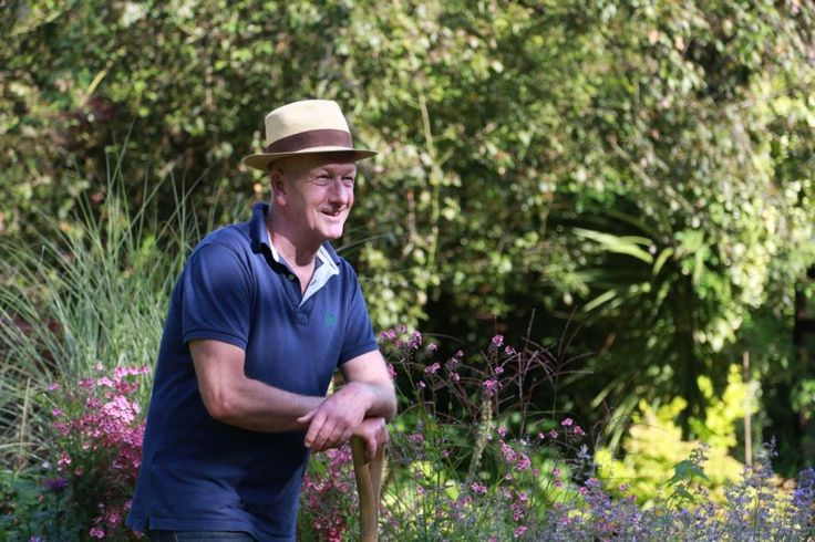 Gardenforum Products - Gardening - Andy McIndoe becomes the voice of Vitax Garden World...https://www.gardenforum.co.uk/products/gardening/