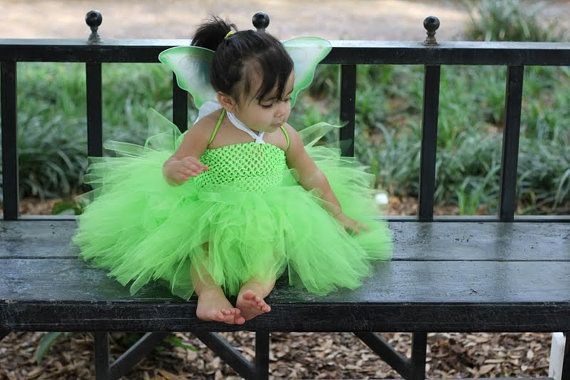 Think I will try to DIY this Tinker Bell Inspired TuTu Dress Costume by ILUVMYTUTUBYGG on Etsy,