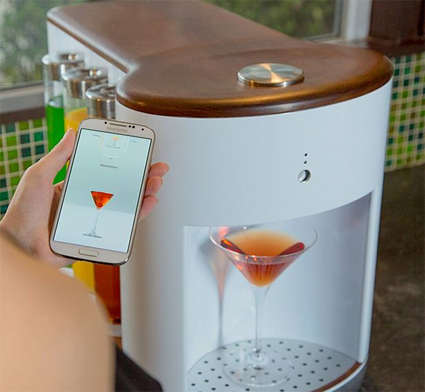 A Wi-Fi connected craft cocktail maker for your next party! Awesome! Somabar Robotic Bartender #product_design #NYE
