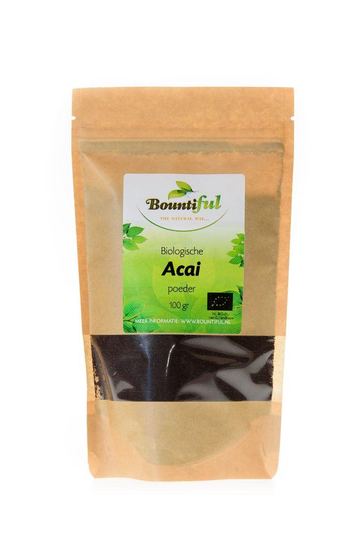 Acai poeder Bio. Acai poeder wordt gemaakt van acai bessen.De bessen worden direct na het oogsten gevriesdroogd en gemalen tot acai poeder, natuurlijk nadat de pit eruit is gehaald.  Het poeder smaakt naar een mengsel van kersen en frambozen en is heerlijk door smoothies, sappen en fruitsalades. Daarnaast is acai poeder erg lekker in combinatie met rauwe cacao en ook heerlijk om te verwerken door zelfgemaakte mueslirepen.