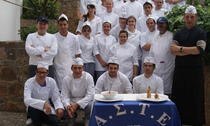 Kourneta Covers Public Tourism Education Progress in Greece