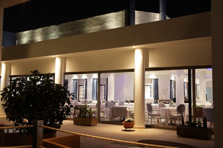 "Elite City Resort at #Kalamata, presents the ""EΥ ZHN"" Restaurant that manages to combine the flavour with elegance and luxury."