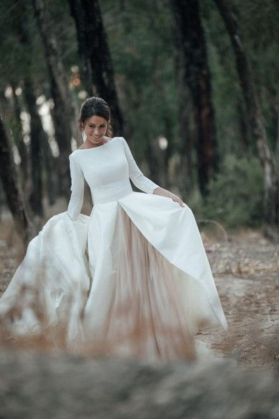 Discount 2017 White And Champagne Wedding Dresses A Line Bateau Neck Backless Country Bridal Gowns With Sleeves Chapel Train Custom Made Gowns For Sale Halter Wedding Dresses From Forever_love_u, $169.63| DHgate.Com