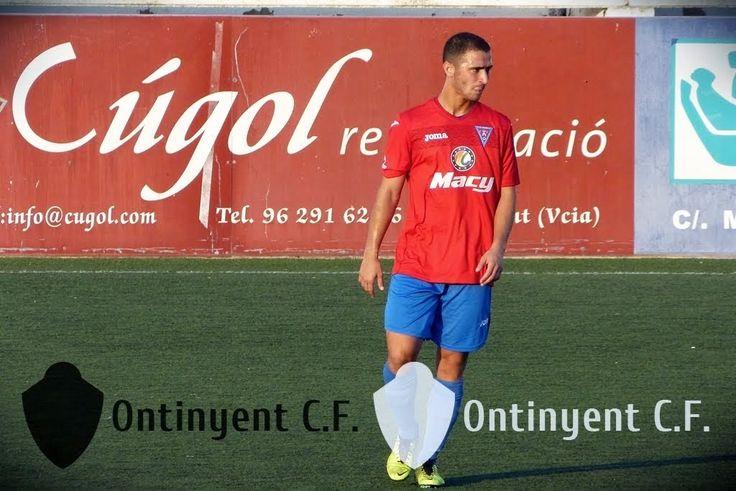 DIARIO DIGITAL D'ONTINYENT: Álex Pereira ja és jugador de l'Ontinyent