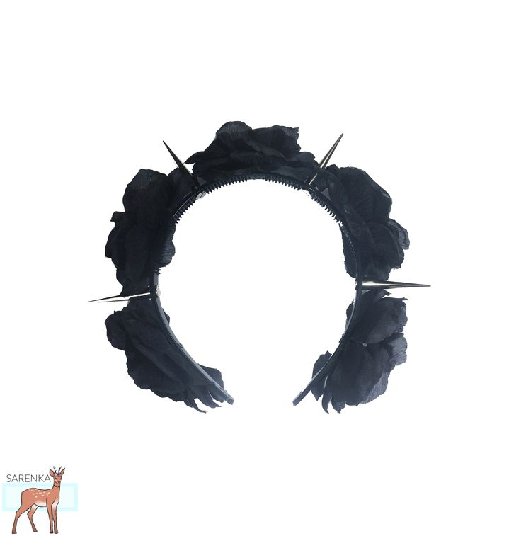 Opaska z kwiatami i ćwiekami <3 więcej: fb: sarenka vinted: siarczi  #pastelgoth #goth #pastel #pastel_goth #wianek #opaska #wreath #roses #black_roses #sprzedam #dodatki_pastel_goth #gothic #alternative #alternative_fasion #hairband
