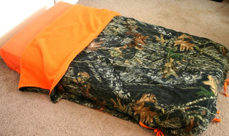 Mossy Oak Camo Fleece With Orange Fleece Blanket And