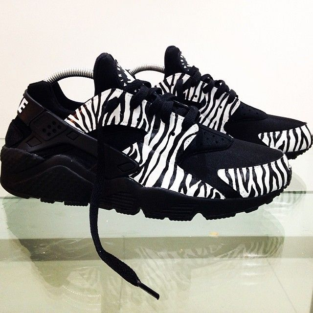Nike Air Huarache Zebra