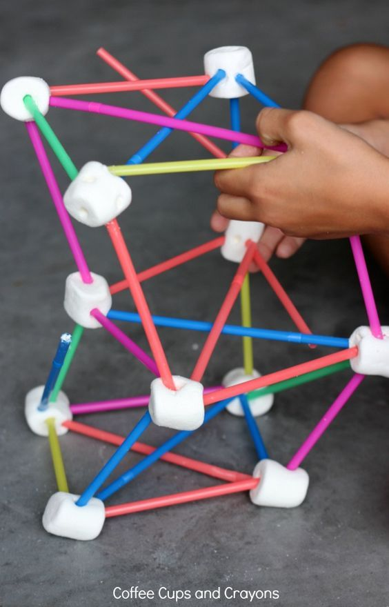Hands On STEM Activity for Kids! Marshmallow engineering is so much fun!
