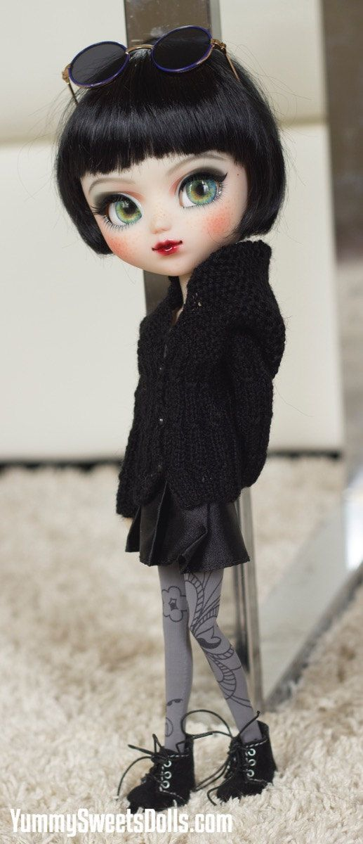 "SOLD - On Layaway - Do Not Buy - OOAK ""Blackberry"" Full Custom Pullip"