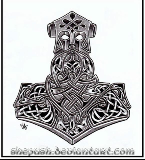 die besten 25 irish celtic tattoos ideen auf pinterest. Black Bedroom Furniture Sets. Home Design Ideas