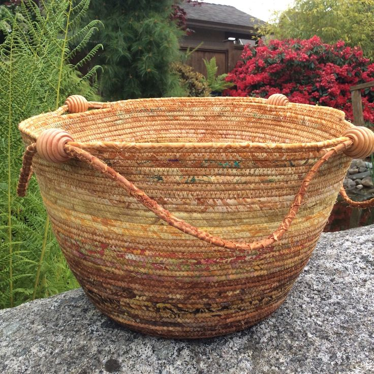 Love how these knitting/storage baskets are turning out. Lots of colours to choose from.